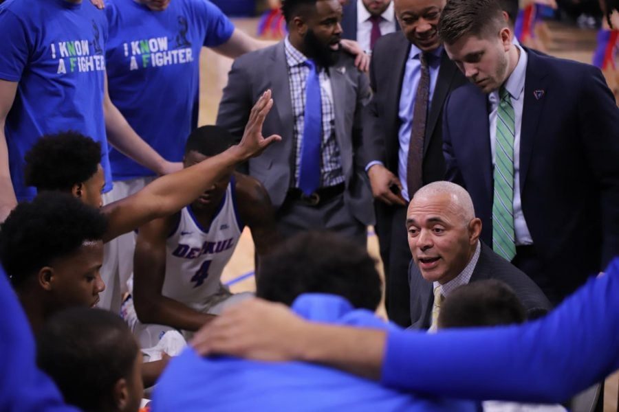DePaul+head+coach+Dave+Leitao+talks+with+his+team+during+a+timeout+in+DePaul%27s+victory+over+St.+John%27s+on+March+3.+The+Blue+Demons+have+another+chance+to+end+the+season+on+a+high+note+after+a+disappointing+finish+to+the+season+with+losses+to+Creighton+and+St.+John%27s.+Alexa+Sandler+%7C+The+DePaulia