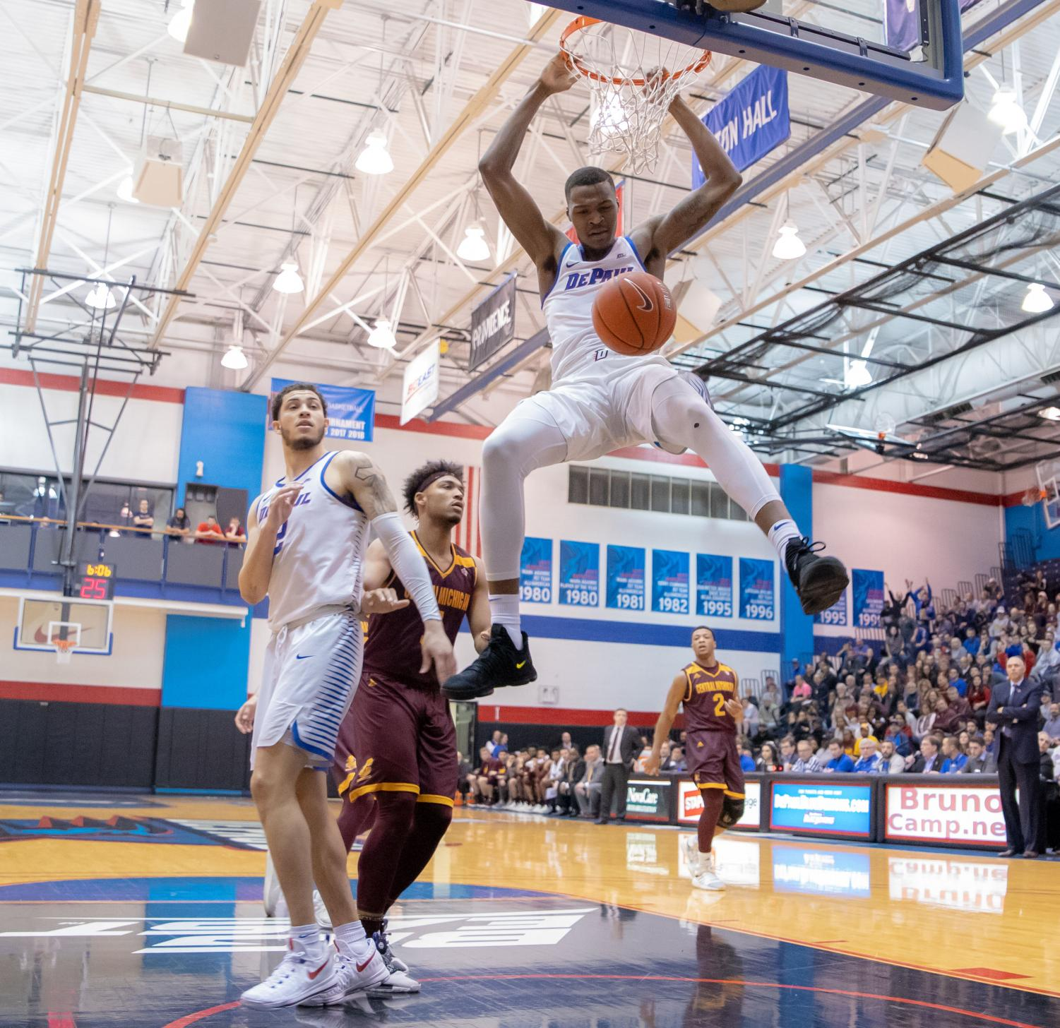 Sophomore forward Paul Reed dunks against Central Michigan during the Roman Catholic Basketball Invitational Wednesday night at McGrath-Phillips Arena. DePaul advanced to the quarterfinals of the tournament with a 100-86 victory. Jonathan Aguilar | The DePaulia