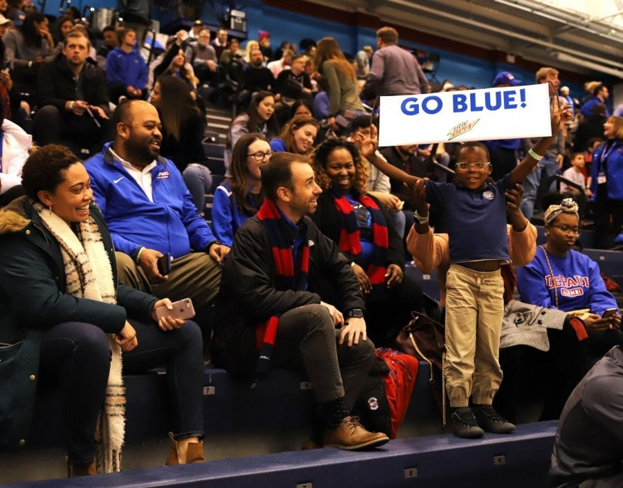 DePaul fans watch the Blue Demons beat the Central Michigan Chippewas in the first round of the CBI tournament last Wednesday. Xavier Ortega I The DePaulia