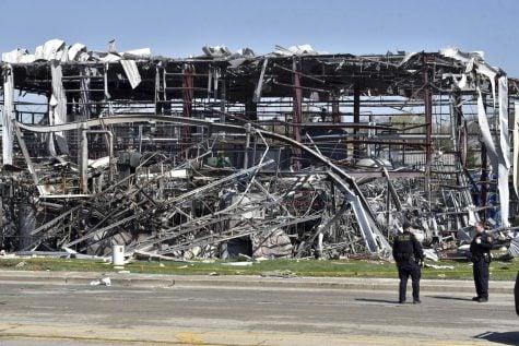 1 body found, 2 more believed dead in Illinois plant blast
