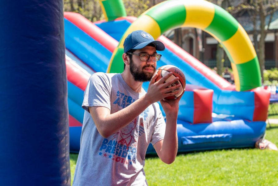 A+DePaul+student+plays+a+game+during+the+Spring+Carnival.+