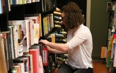 Reading local: Don't turn the page on some of Chicago's best bookstores
