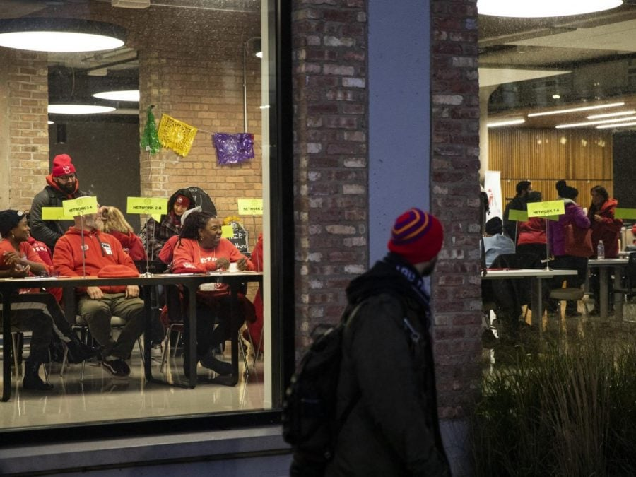 Members+of+the+Chicago+Teachers+Union%27s+governing+body+arrive+at+the+union%27s+Near+West+Side+headquarters+to+vote+whether+or+not+to+suspend+the+longest+Chicago+Public+Schools+teachers+strike+in+three+decades%2C+Wednesday+evening%2C+Oct.+30%2C+2019%2C+in+Chicago.+