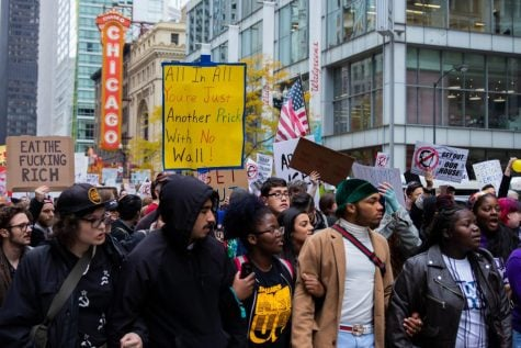Thousands protest during Trump's visit to Chicago