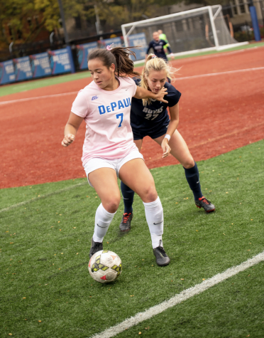 Offensive outburst lifts women's soccer over Seton Hall