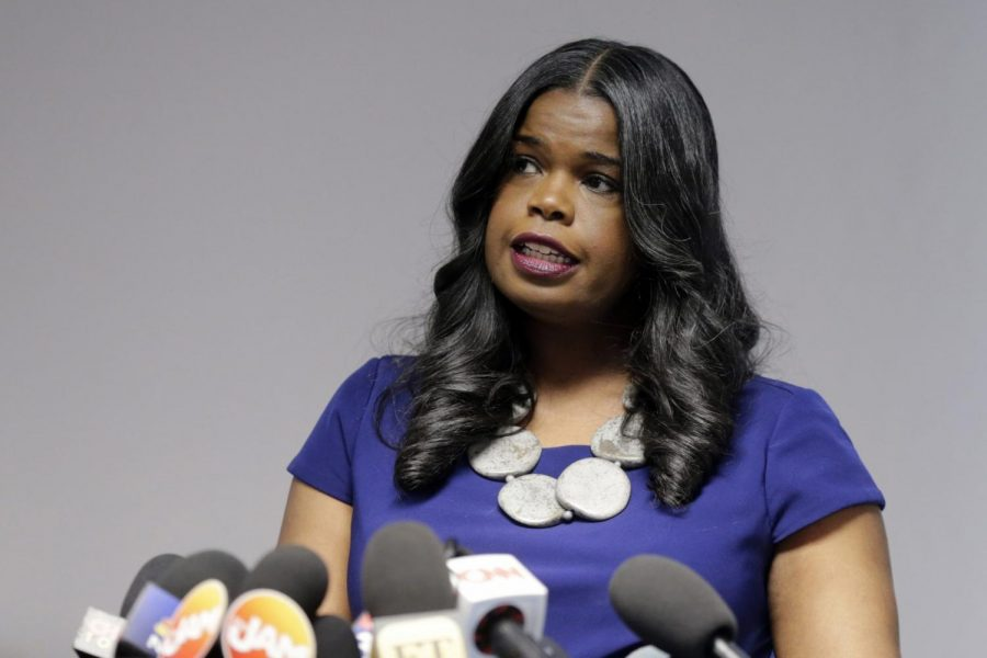 In+this+Feb.+22%2C+2019+file+photo%2C+Cook+County+State%27s+Attorney+Kim+Foxx+speaks+at+a+news+conference%2C+in+Chicago.+Foxx+who+was+harshly+criticized+when+her+office+suddenly+dropped+charges+against+actor+Jussie+Smollett%2C+says+Tuesday%2C+Nov.+19%2C+2019+that+she%27s+running+for+re-election.