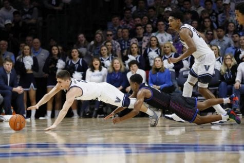 Men's basketball can't handle no. 2 Villanova