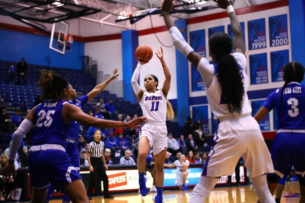 Sonya Morris rises for a jumper in the first half against Seton Hall.