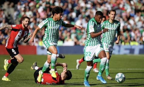 Jugadores mexicanos en Europa luchan por obtener respeto de su país