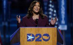 La candidata demócrata a la vicepresidencia, la senadora Kamala Harris, D-California, habla durante el tercer día de la Convención Nacional Demócrata en el Chase Center en Wilmington, Delaware. Carolyn Kaster | AP Photo
