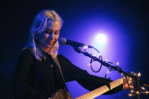 Singer-songwriter Phoebe Bridgers.