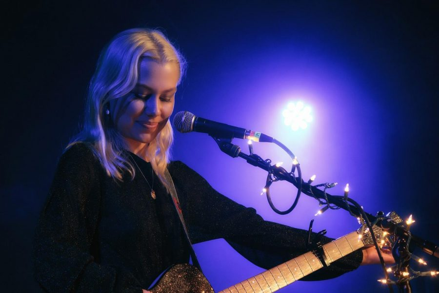 Singer-songwriter+Phoebe+Bridgers.