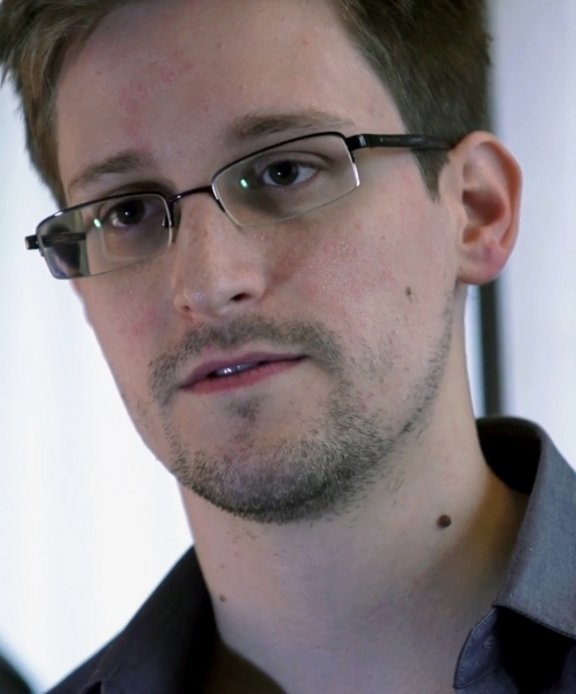 Edward+Snowden%2C+leaked+highly+classified+information+from+the+National+Security+Agency+%28NSA%29+while+working+as+an+employee+for+the+Central+Intelligence+Agency.
