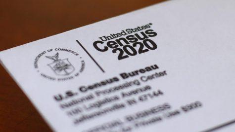 Esta fotografía muestra un sobre que contiene una carta del censo de 2020 enviada por correo a un residente en Detroit. El martes 13 de octubre de 2020, la Corte Suprema de EE. UU. detuvo el conteo de personas.  AP Photo | Paul Sancya, File