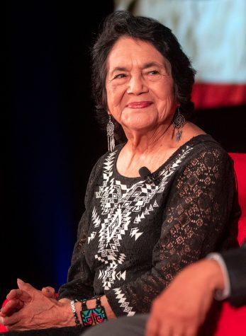 Civil rights leader Dolores Huerta spoke with DePaul students Wednesday.