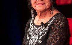 La líder de los derechos civiles Dolores Huerta habló con los estudiantes de DePaul el miércoles.