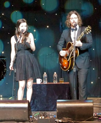 The Civil Wars performing in 2012.