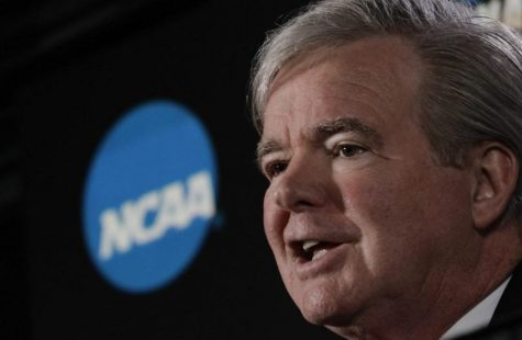NCAA President Mark Emmert speaks during a March 29, 2018 news conference at the Final Four NCAA college basketball tournament, in San Antonio.