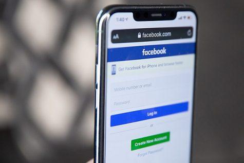 Facebook app servers (Facebook, Instagram, WhatsApp, Messenger) all went down for hours on Oct. 4.