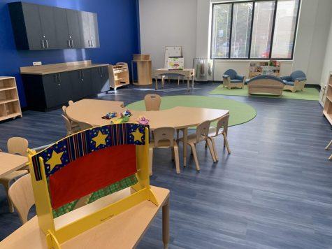 La sala de terapia grupal para los niños en la clínica de terapia del habla y el lenguaje en la Universidad DePaul.